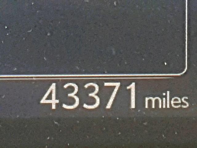 27996359 IS 250 LEXUS